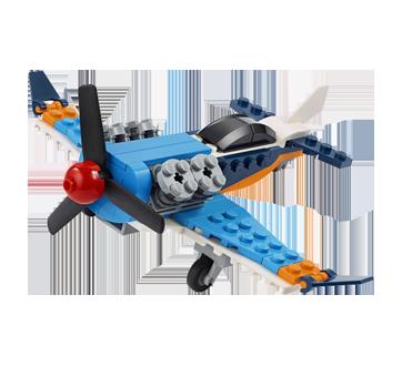 L'avion à hélice, 1 unité