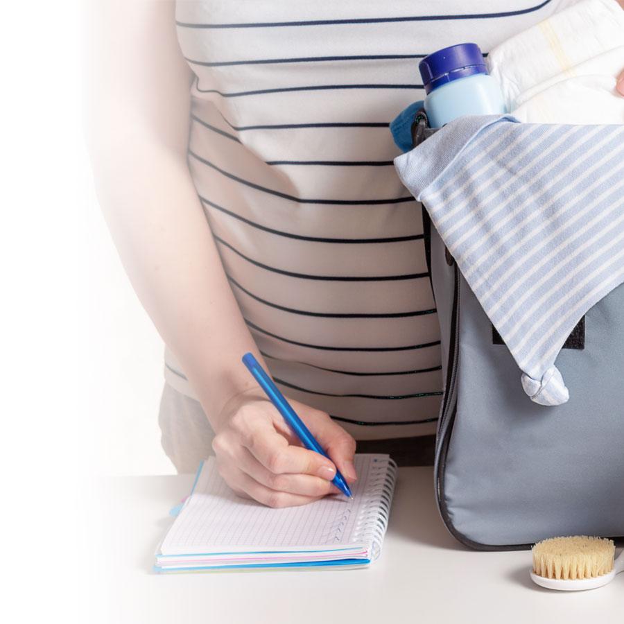 Quoi mettre dans sa valise d'hôpital en prévision de l'accouchement