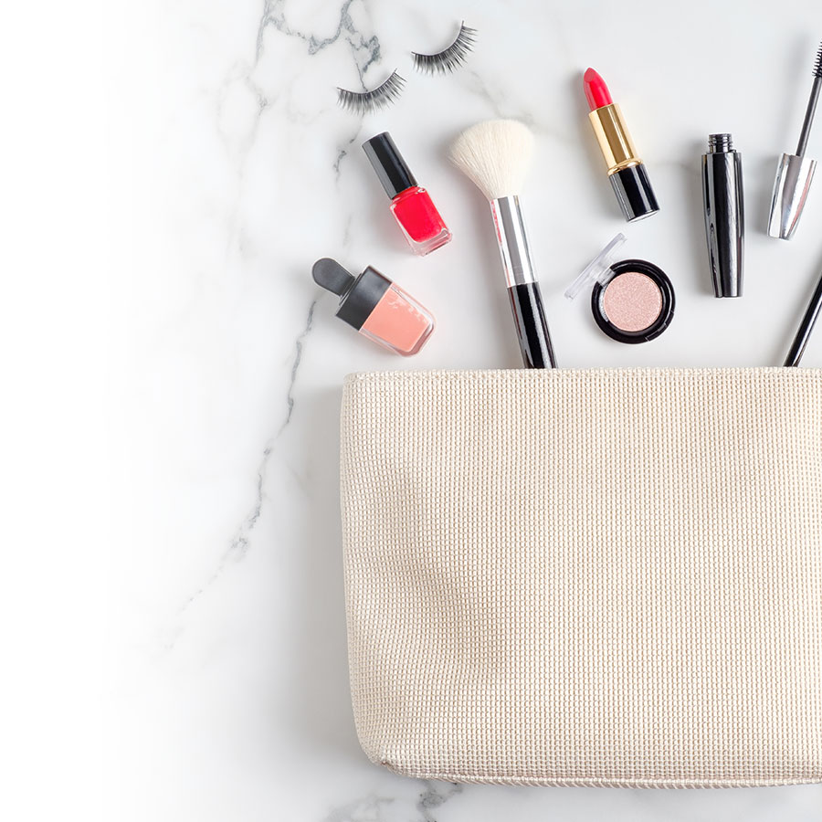 Expired cosmetics: it's time for a clean-up!