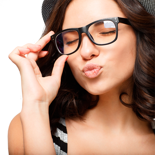 Choosing the Right Makeup for Your Glasses