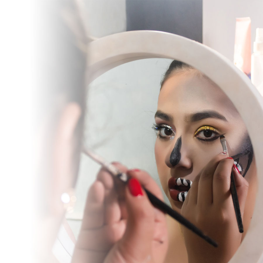 De bons trucs pour votre maquillage d'Halloween