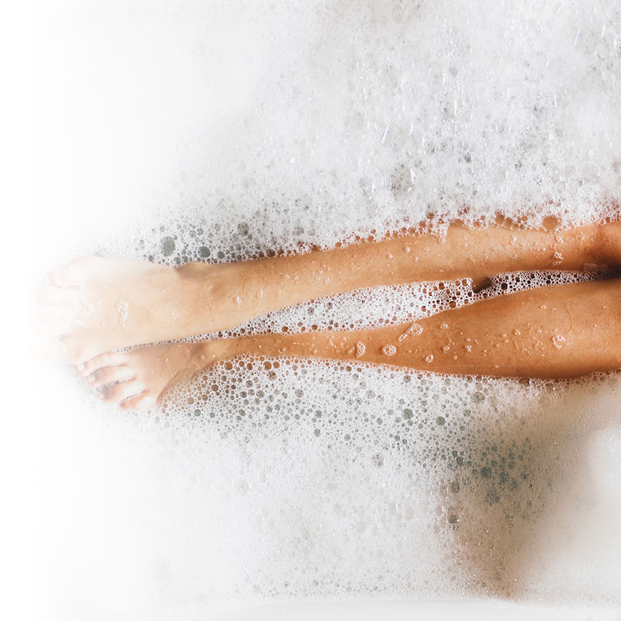 5 benefits of a bath