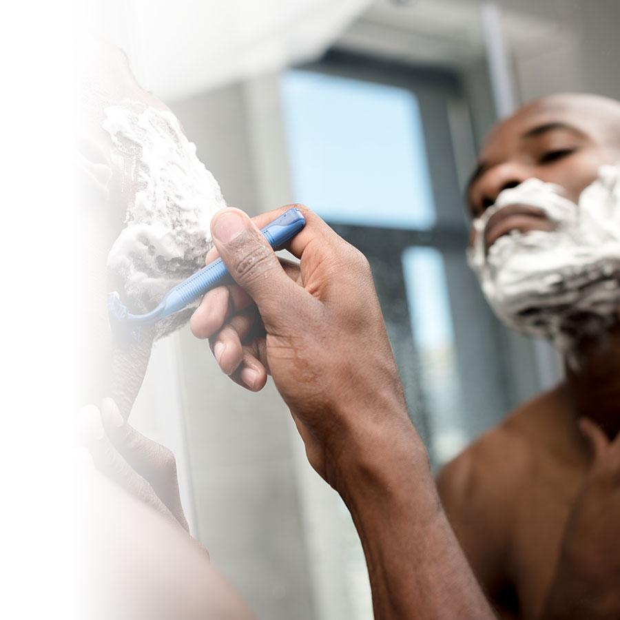Homme : 8 mythes (ou réalités) sur le rasage