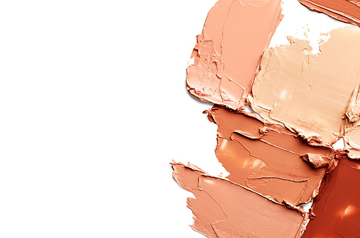 foundation - 4 makeup mistakes that can age you