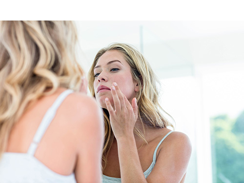 Is there a suitable product for sensitive skin that can also reduce acne in the T-zone?