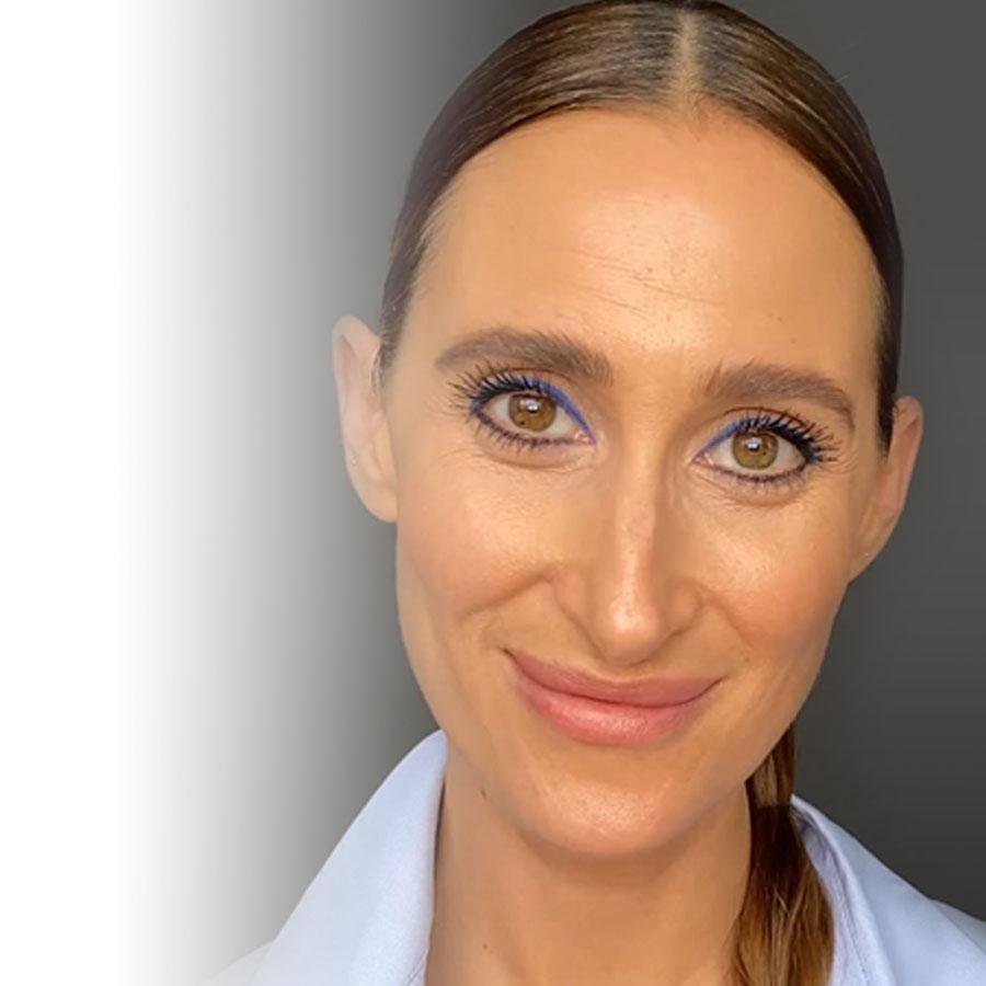 Tutoriel maquillage: on ose la couleur pour un regard de feu!