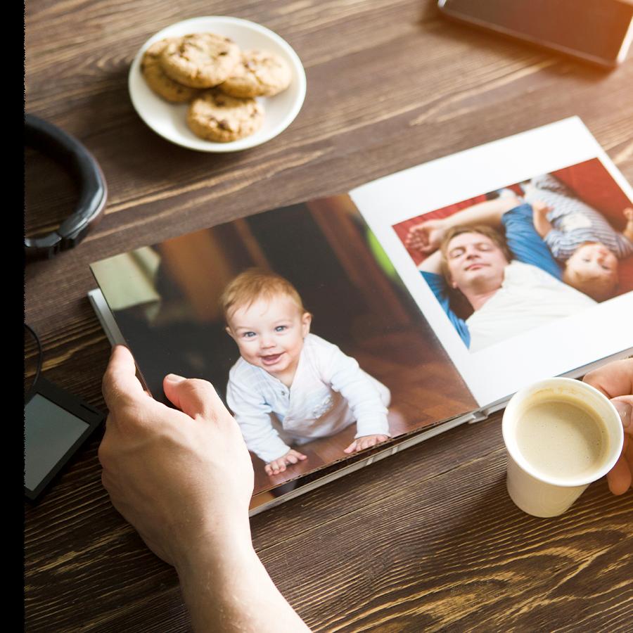 Créer son livre photo de l'année en cinq étapes