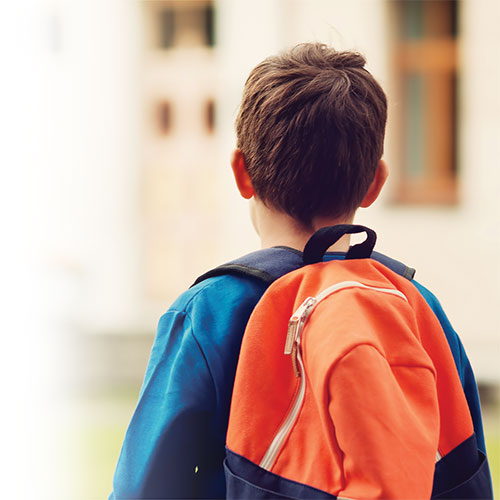 Choosing the right school bag to avoid back problems!