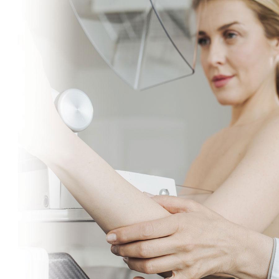 Cancer du sein: être mieux informée pour le détecter