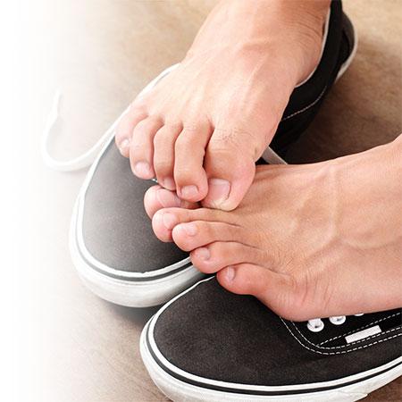 Comment prévenir et enlever les odeurs de pieds