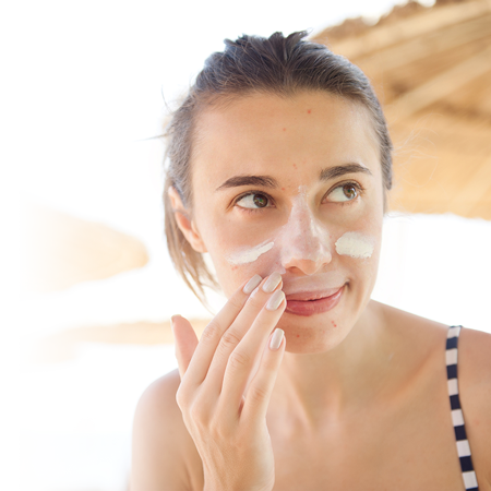 Care for acne-prone skin in summer