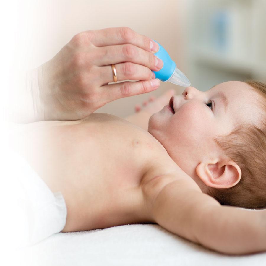 Bébé a le nez bouché: comment y remédier?